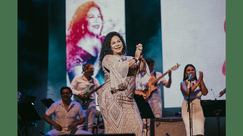 Eva Ayllón prepara homenaje a madres peruanas en concierto virtual